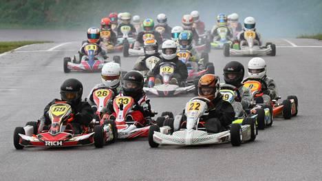 Kartingin SM-sarjaa ajettiin tänä vuonna Vihdissä.