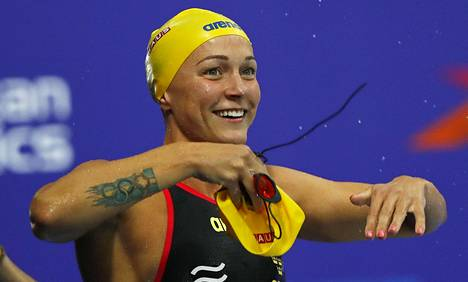 Sarah Sjöström hankkii hyvin uinnin maailmancupeissa.