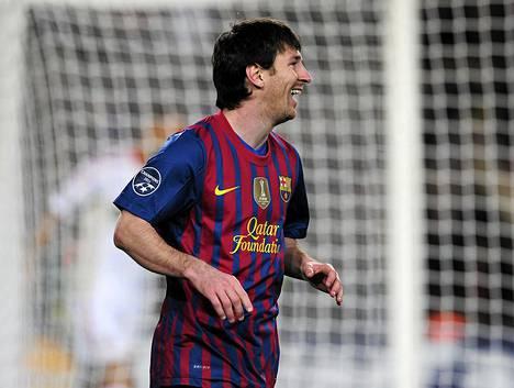 Barcelonan Lionel Messillä on runsaasti aihetta hymyyn Mestarien liigan ottelussa Leverkusenia vastaan.