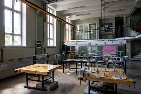 Entinen konelaboratorio näyttää viimeksi toimineen teknisen käsityön luokkana.