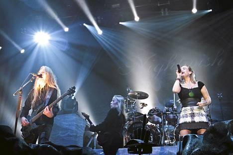 Nightwish nousi Brittien siglelistalla.