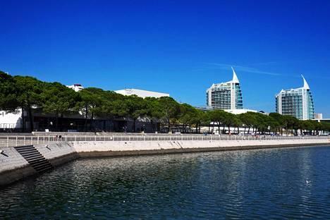 Monet suomalaiseläkeläiset ovat löytäneet paikkansa Lissabonista.