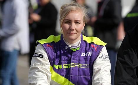 Emma Kimiläinen kilpailee nykyisin W Series -sarjassa.