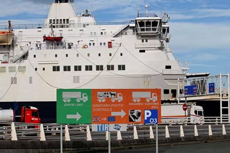 Calais'n sataman kylteissä oli varauduttu Britannian EU-eroon jo lokakuussa.