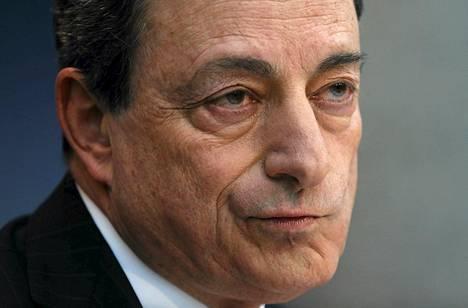 EKP:n pääjohtaja Mario Draghi puhui tiedotustilaisuudessa Frankfurtissa torstaina.