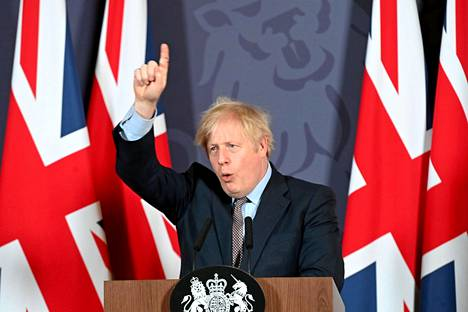 Britannian pääministeri Boris Johnson piti tiedotustilaisuuden brexit-sopimuksen syntymisen jälkeen virka-asunnollaan torstaina.