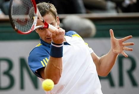 Latvian Ernests Gulbis kaipaa tenniskentille persoonia.