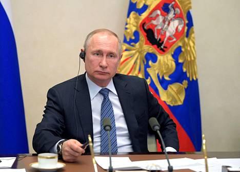 Venäjän presidentti Vladimir Putin osallistui viime torstaina videolinkin kautta G20-ryhmän maiden johtajien kokoukseen koronaviruspandemiasta ja sen vaikutuksista talouteen.