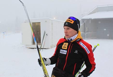 Matti Heikkinen kilpailee sunnuntaina yhdistelmäkilpailussa.
