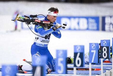 Tuomas Harjula Kontiolahden maailmancupin kilpailun makuuammuntapaikalla.