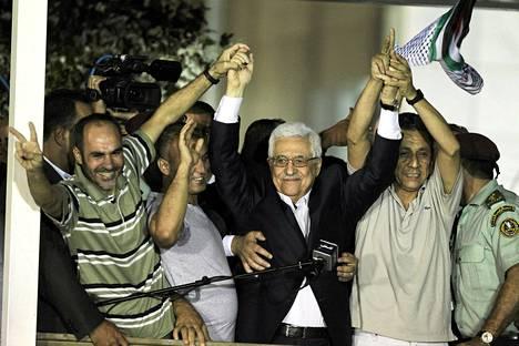 Palestiinan presidentti Mahmud Abbas piti puheen vapautetuille vangeille Ramallahissa Länsirannalla keskiviikkona.