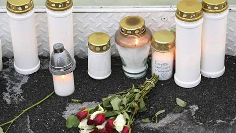 Eno puukotti 7-vuotiaan sisarenpoikansa kuoliaaksi jouluaattoiltana viime vuonna.