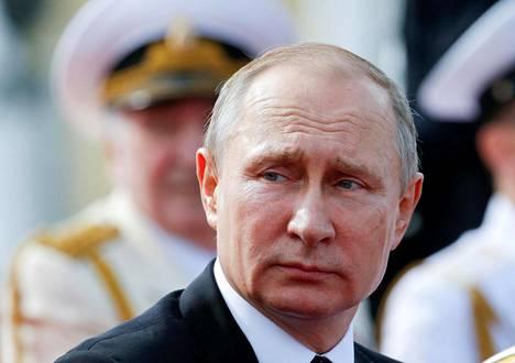 Venäjän presidentti Vladimir Putin osallistui laivastoparaatiin Pietarissa sunnuntaina 30. heinäkuuta.