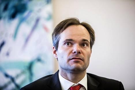 Ulkomaankauppa- ja kehitysministeri Kai Mykkänen (kok)