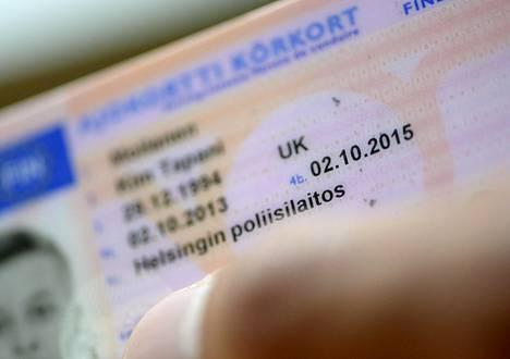 Trafin verkkopalvelussa on kuka tahansa voinut tarkistaa ihmisten ajokorttitietoja.