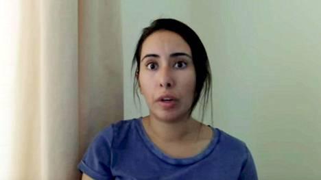 Latifa Al Maktoum nauhoitti ennen pakoaan videon, jossa hän syyttää isäänsä vapautensa riistämisestä. Video julkistettiin pidätyksen jälkeen.