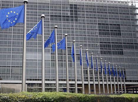 Euroopan unionia koskeva uutisointi on yksi aihe, johon Nuorten ääni -toimituksen helsinkiläisnuoret ovat etsineet vastauksia.