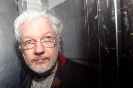 Julian Assange 13. tammikuuta Lontoossa.