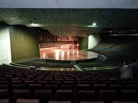 Linnahallin konserttisalissa on istumapaikat lähes 5 000 ihmiselle.