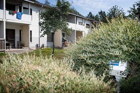 Nuorisosäätiön omistamat talot Vuosaaressa olivat elokuussa myynnissä.