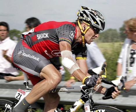 Lance Armstrong kuvattuna heinäkuussa 2010. Vuoden 2013 alussa Armstrong tunnusti systemaattisen dopingin käytön.