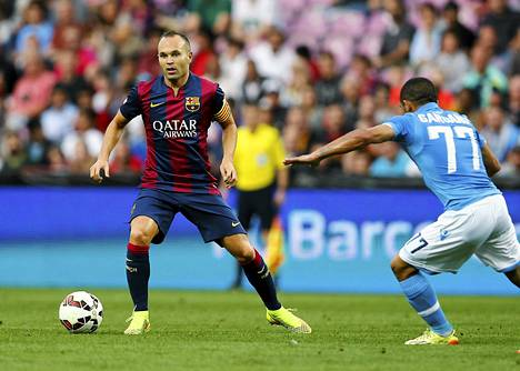 Andres Iniesta on Barcelonan avauskokoonpanossa.