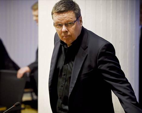 Käräjäoikeus antaa tuomionsa Helsingin huumepoliisin entisen päällikön Jari Aarnion oikeudenkäynnissä 2. kesäkuuta.