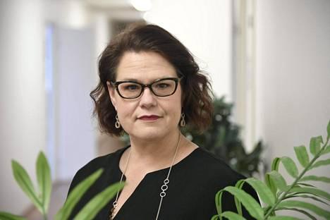 Kuntaliiton toimitusjohtaja Minna Karhunen esitteli kuntien taloustilannetta ja tilinpäätösarviotietoja keskiviikkona Helsingissä.