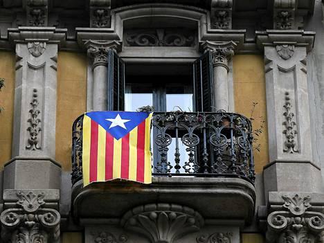 Estelada-nimellä tunnettu lippu on Katalonian itsenäisyyttä ajavien symboli.