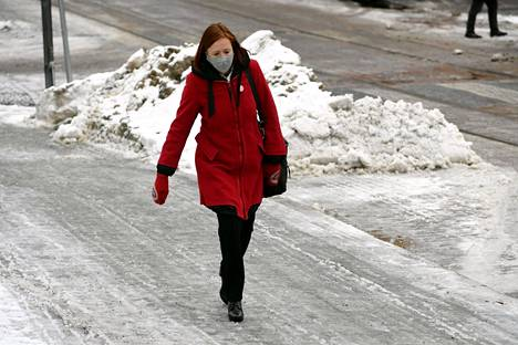 Kuntaministeri Sirpa Paatero saapui hallituksen neuvotteluihin Helsingin Säätytalolle tammikuun lopussa.