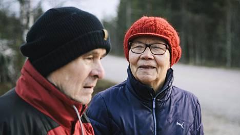 Niilo ja Inkeri Ronkainen tutustuivat yhteisen kuoroharrastuksen kautta.