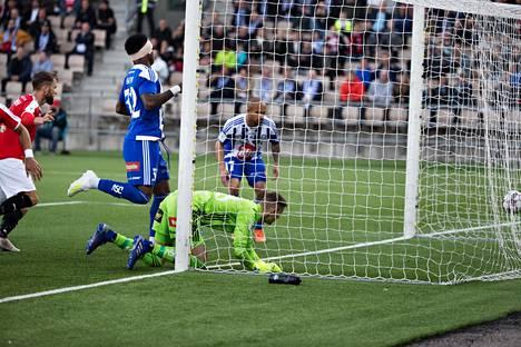 HJK ja HIFK kohtasivat 23. huhtikuuta 2019 Töölön jalkapallostadionilla.