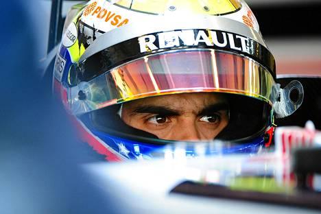 Pastor Maldonadon ja Lotus-tallin neuvotellut etenivät viikonvaihteessa Brasilian GP:n aikana, joka oli kauden päätösosakilpailu.