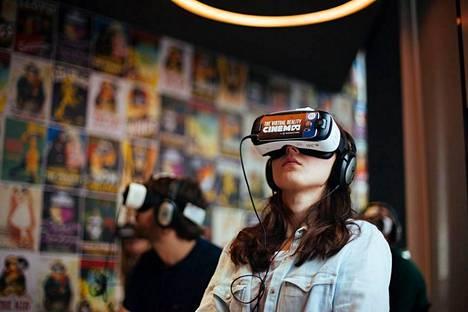 Tampereelle avataan kesäkuun alussa elokuvateatteri, jossa leffoja ei katsota kankaalta vaan virtuaalilaseista.