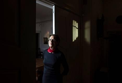 Ruotsalainen Gudrun Schyman on ponnistanut monien kohujen jälkeen taas pinnalle.