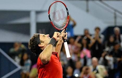 Shanghain turnauksen voitto maistui Roger Federerille.