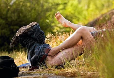 Naisille tyypillinen fantasia on seksin harrastaminen romanttisessa paikassa, usein oman vakikumppanin kanssa.