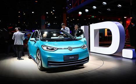 Volkswagen esitteli ID3-mallin Frankfurtin autonäyttelyssä 2019.