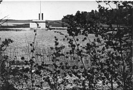 Saunalautta näkyi Laajalahdella kauas. Kuva on 1940-luvulta.