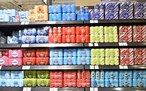 Eniten lisääntyi vahvojen eli 4,7–5,5-prosenttisten long drink -juomien myynti.