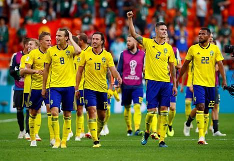Ruotsi kohtaa MM-kisojen neljännesvälierässä Sveitsin. Otteluparin voittaja jatkaa puolivälieriin Kolumbiaa tai Englantia vastaan.
