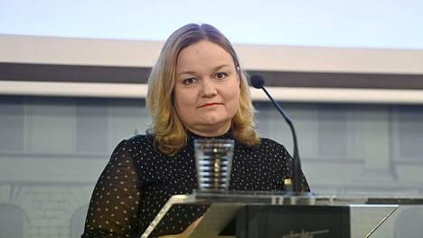 Perhe- ja peruspalveluministeri Krista Kiuru (sd) on korona-asioiden lisäksi myös sote-uudistuksen keskeinen ministeri.