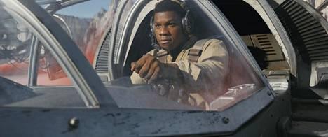 John Boyega Finn-roolissaan elokuvassa The Last Jedi.
