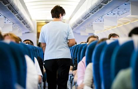 Finnair aloittaa yt-neuvottelut matkustamohenkilökuntansa kanssa.