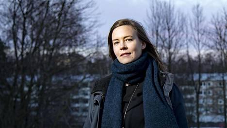 Viikkoraha on mainio keksintö, Essi Lindberg sanoo.