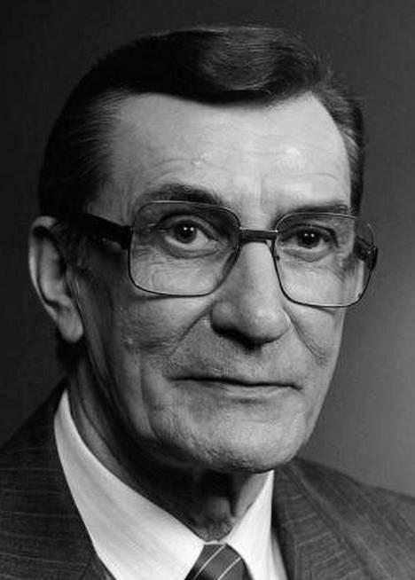 Jorma Salomaa koulunjohtaja (1923–2012)