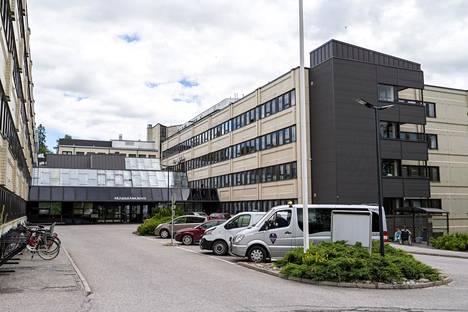 Poliisi ei kommentoi sitä, millä sairaalan osastolla henkirikoksen epäillään tapahtuneen.