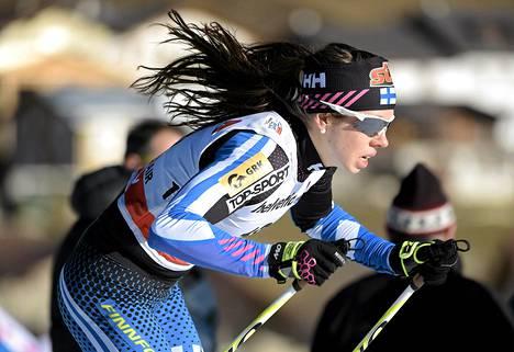 Neljänneksi hiihtänyt Laura Mononen oli nopein suomalaisista.