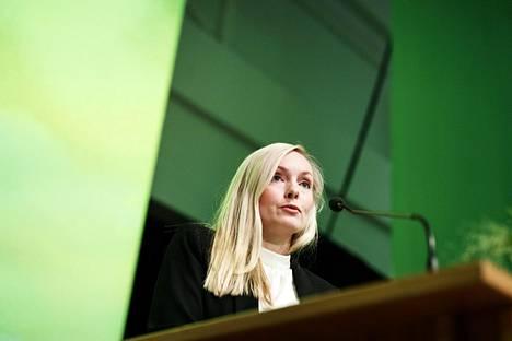 Vihreiden uudeksi puheenjohtajaksi valittiin sisäministeri Maria Ohisalo vihreiden puoluekokouksessa Porissa lauantaina.
