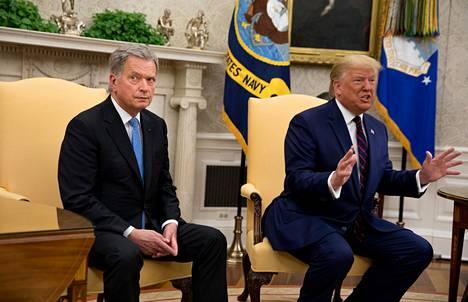 Presidentit Sauli Niinistö ja Donald Trump Valkoisessa talossa keskiviikkona.